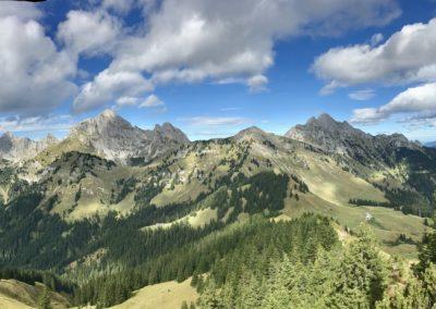 Panoramabild vom Hahnenkamm aus